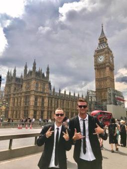 I Blues Brothers volano a Londra - ESL - Soggiorni linguistici